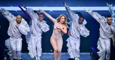 Jennifer Lopez, Thong