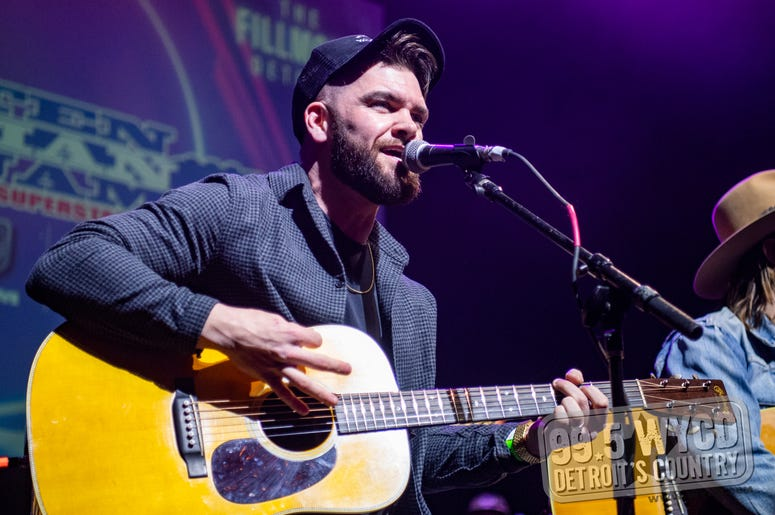 Dylan Scott at Ten Man Jam 2020