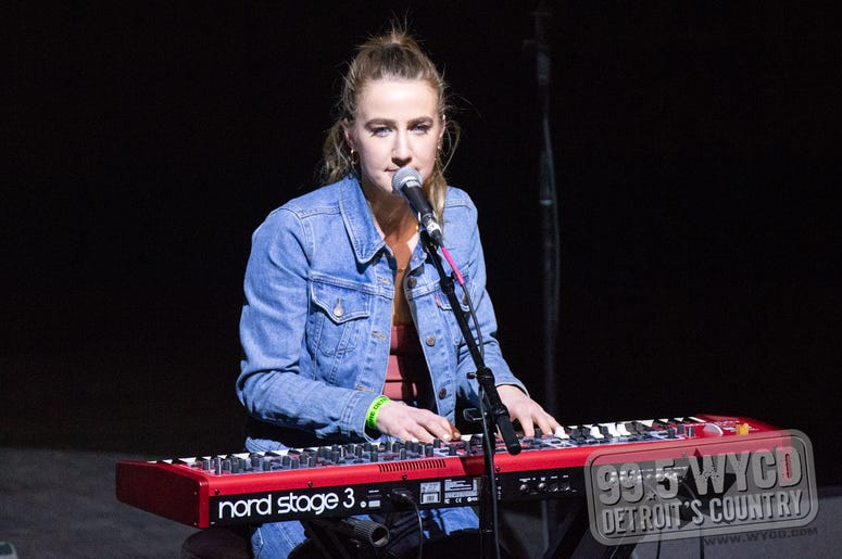 Ingrid Andress at Ten Man Jam 2020