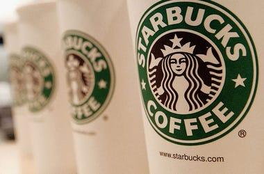 Starbucks offering free brewed coffee to first responders, frontline workers