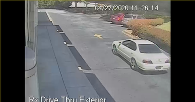 Two suspects wanted in theft of catalytic converter in Walgreens parking lot, Simpsonville