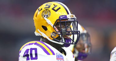 LSU Tigers linebacker Devin White