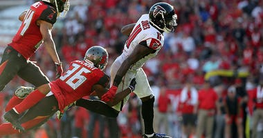 Atlanta Falcons wide receiver Julio Jones (11) runs with the ball