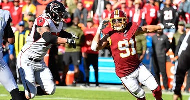 Washington Redskins outside linebacker Ryan Kerrigan (91) rushes past Atlanta Falcons offensive tackle Ryan Schraeder