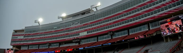Brett McMurphy Puts Odds of College Football Cancelling 2020 Season at 90 Percent