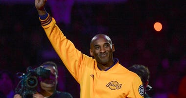 Kobe Bryant, Tim Duncan and Kevin Garnett Inducted Into Basketball Hall of Fame