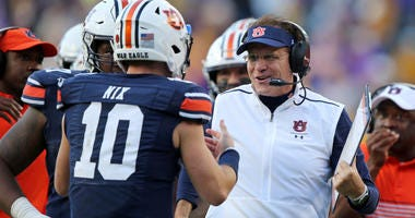 Spikes: Malzahn needs to hand keys to Nix