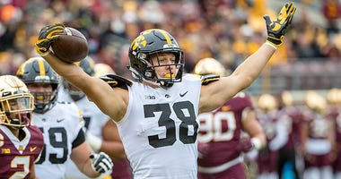 Iowa Hawkeyes tight end T.J. Hockenson