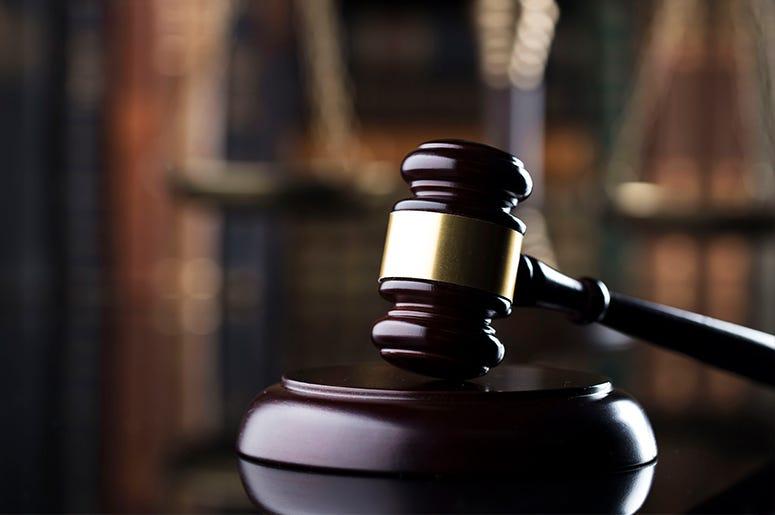 Zayas Law Firm Logo