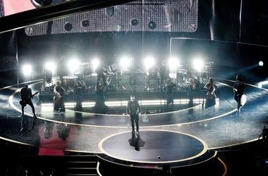 Eminem-Oscars-GettyImages-1205179946.jpg
