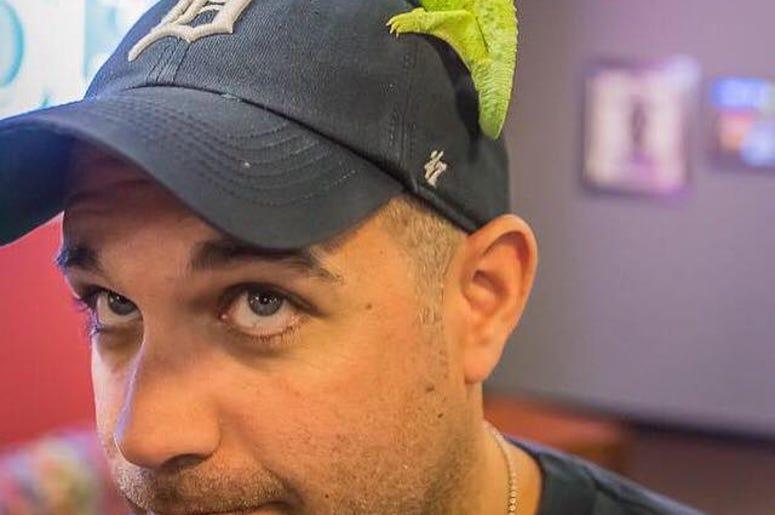 Is that a lizard on my head?